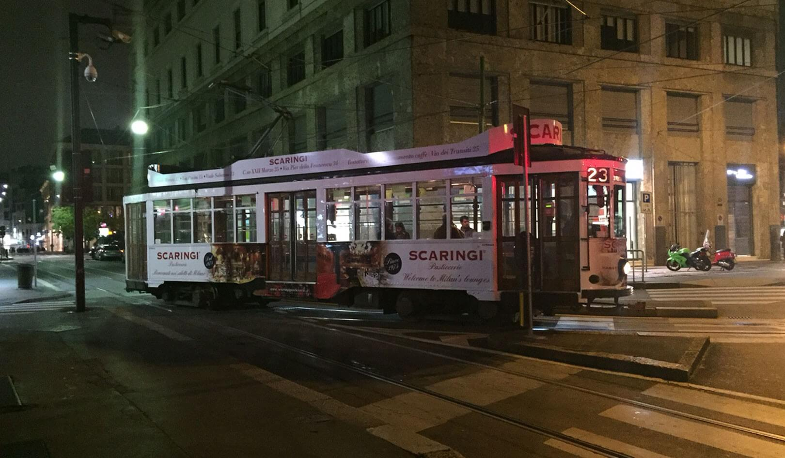 Advertising, decorazione tram 2 casse IGP Decaux